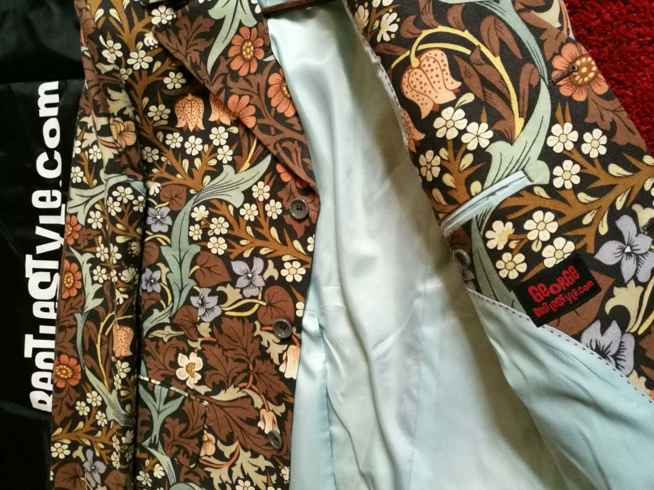 William Morris 'Blackthorn' fabric w/pale blue lining