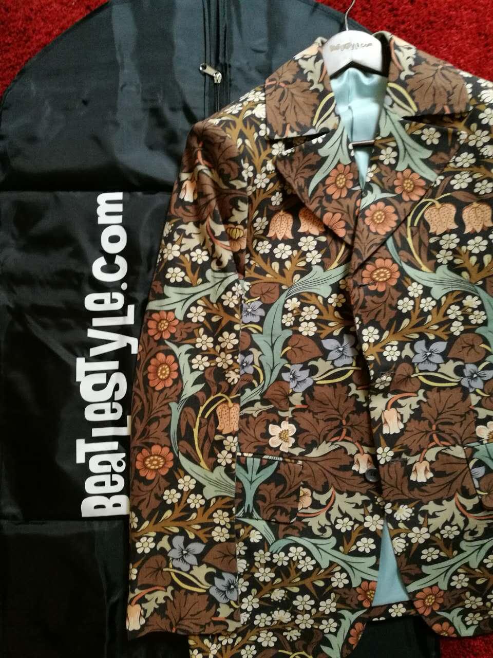 William Morris 'Blackthorn' fabric