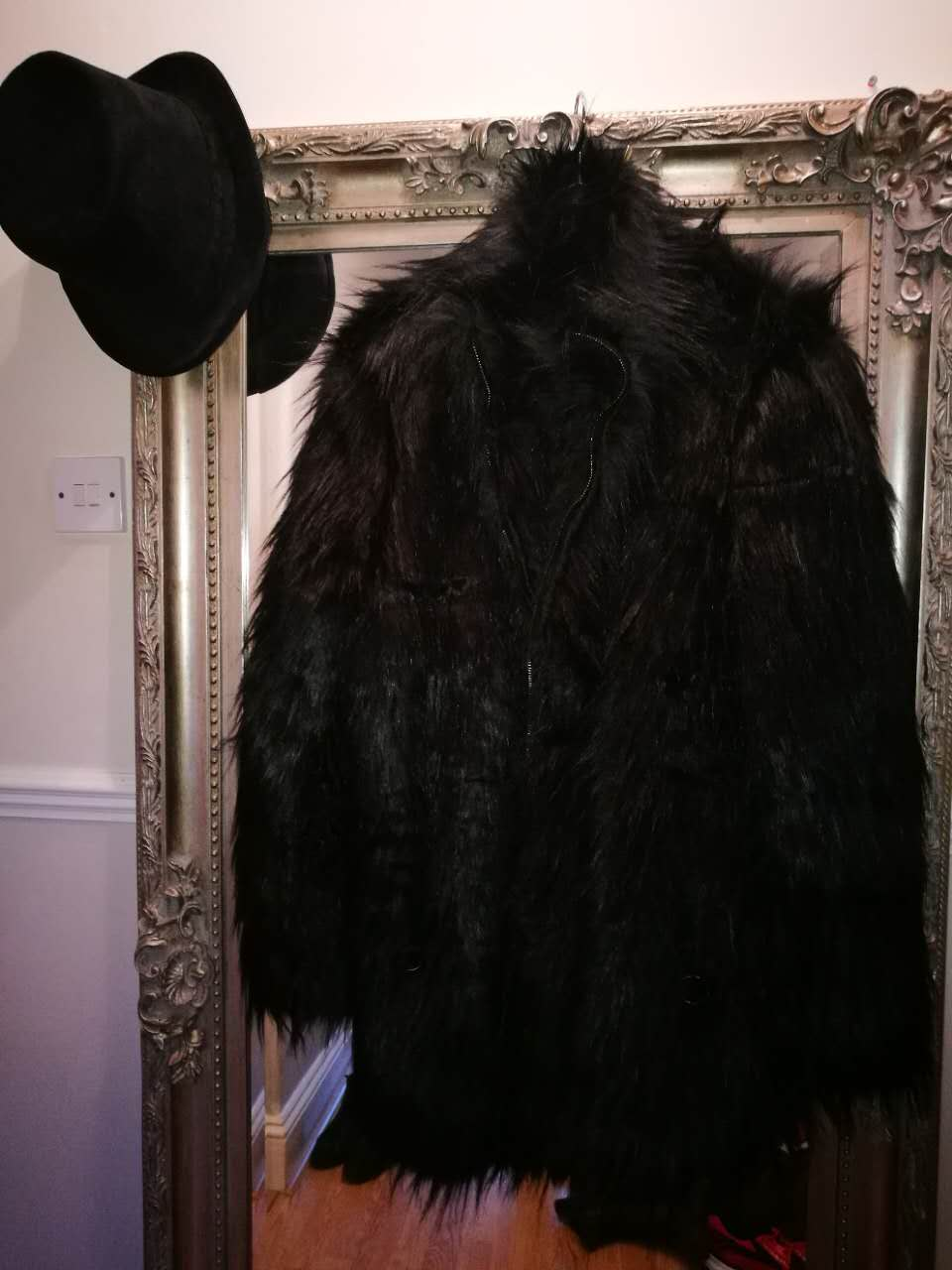 Beatlestyle black fur coat 3