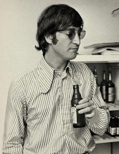 John Lennon striped beagle collar shirt