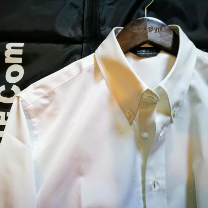 Pointed collar shirt single colour beatle style for White button down collar shirt